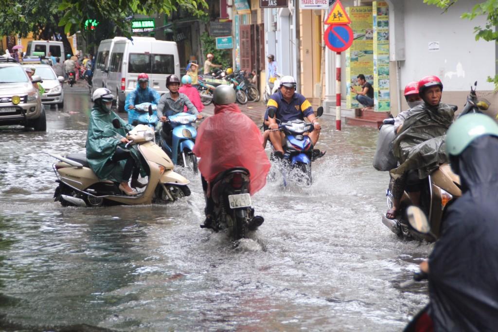 Drukte op de weg, ook met regen